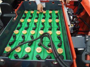 Acquy xe nâng điện ngồi lái Heli