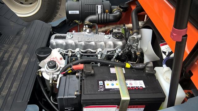 động cơ ISUZU Nhật Bản lắp trên xe nang hang heli trung quốc